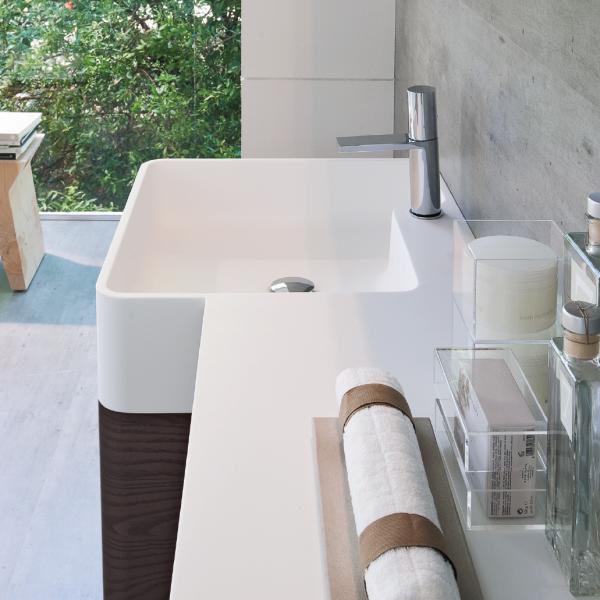 Personalisiertes Waschbecken aus  Aquatek
